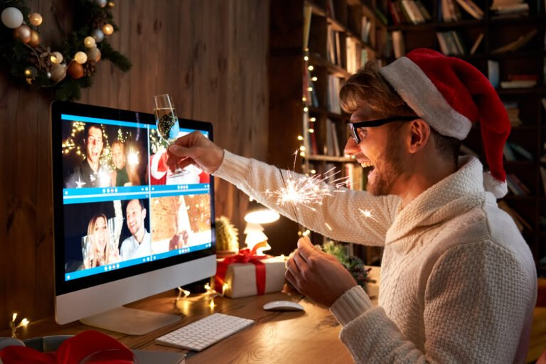 Celebrate the holidays with your loved ones, no matter where you are!