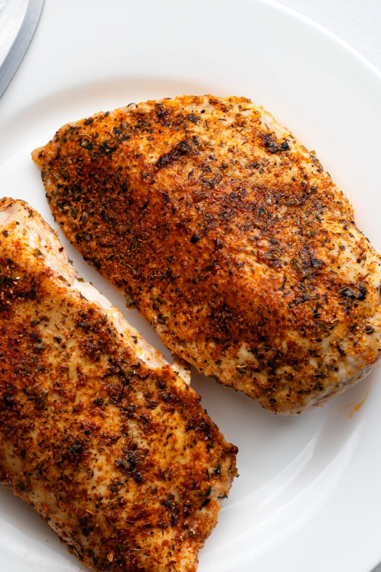 These juicy and delicious chicken breasts are the perfect main course for any night of the week.