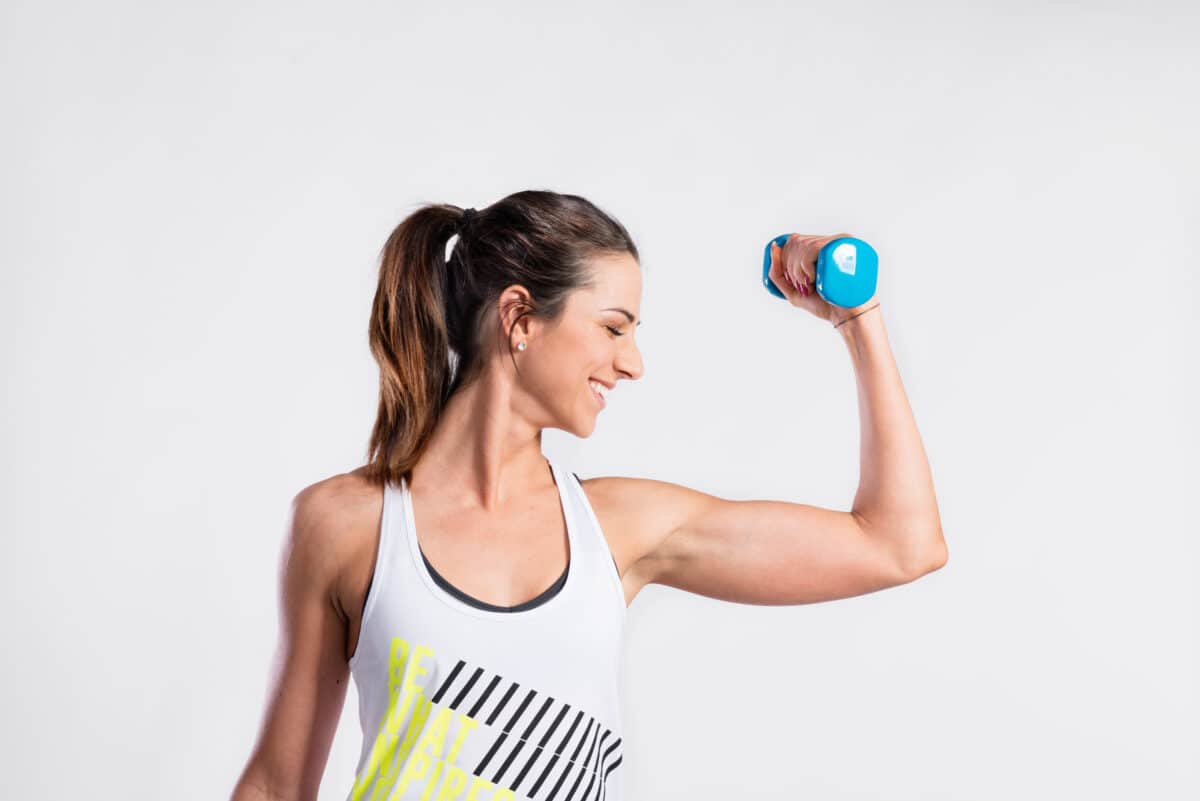 Tone your arms and build strength with this 15-Minute Workout for Strong and Toned Arms!