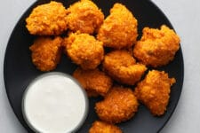 Enjoy these low-calorie cauliflower bites as a healthy snack.