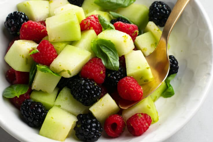 This fruit salad is super tasty and incredibly good for you!