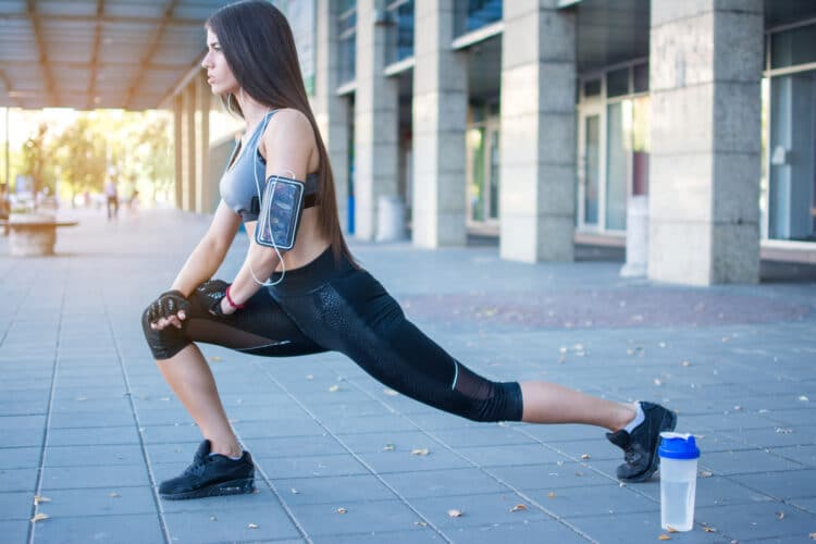 The clock lunge is a challenge but the results will be well worth the effort.
