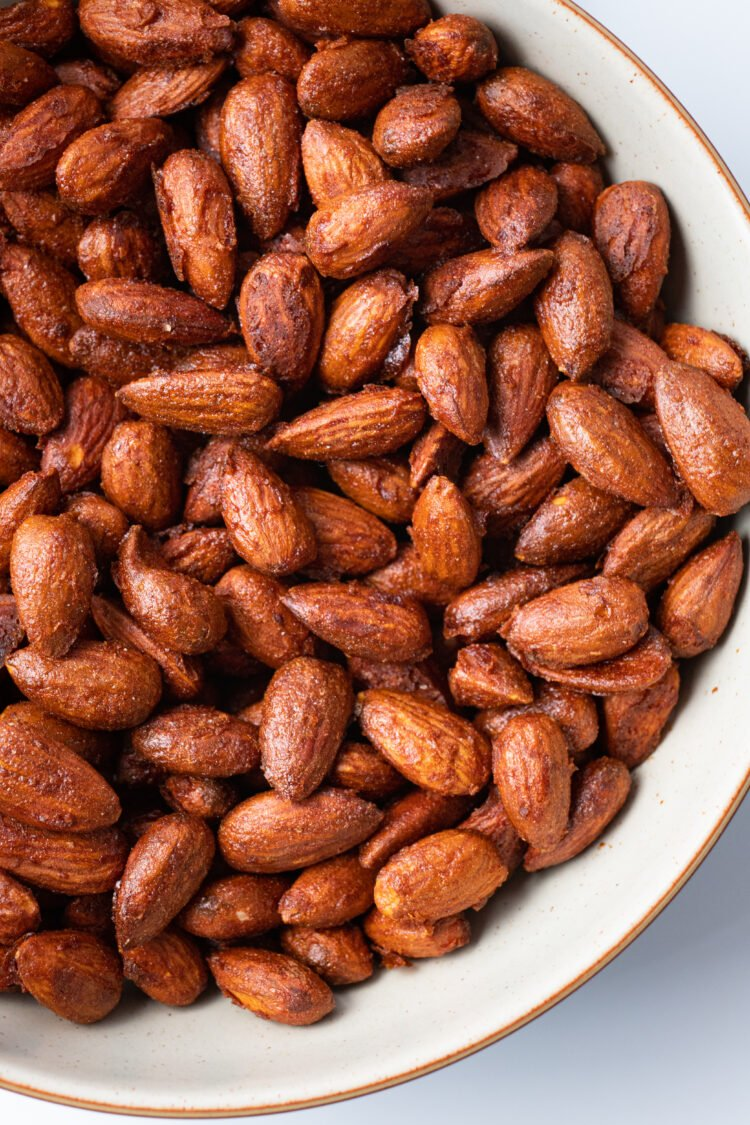 Loaded with healthy fats and nutrients, this recipe is a totally guilt0free snack.