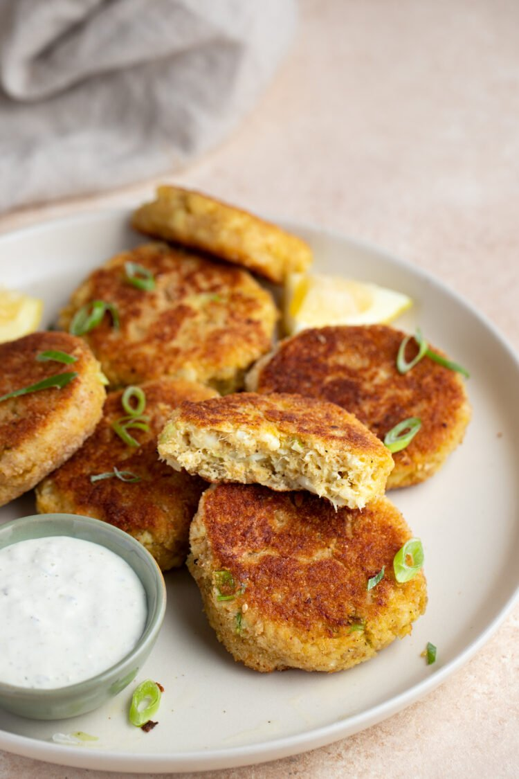 Healthy fish cakes made with cod, quinoa, cauliflower, and more!