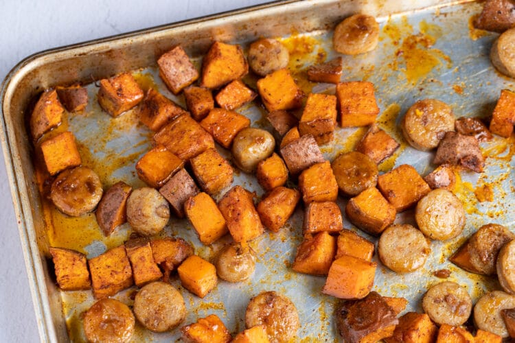 This yummy sheet pan recipe is made with healthy ingredients you can feel good about!